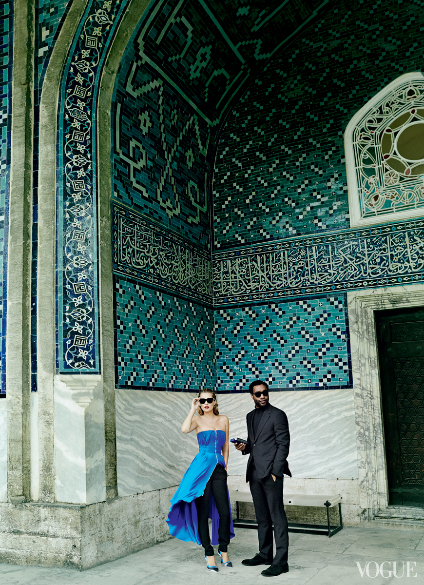 Kate Moss-Chiwetel Ejiofor-Vogue1