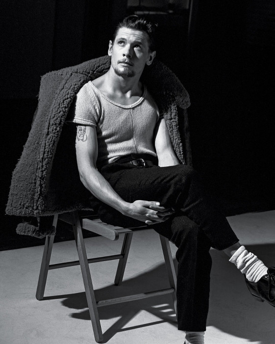 Jack O'Connell-T Magazine2