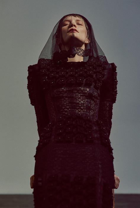 Mia Wasikowska - Flaunt