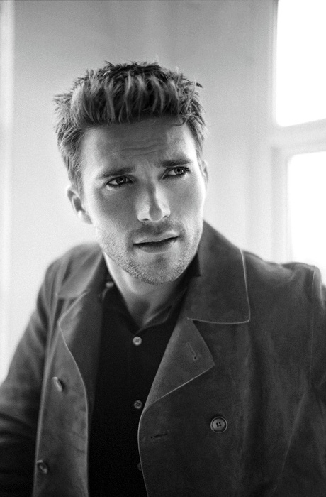 Scott Eastwood - GQ Australie